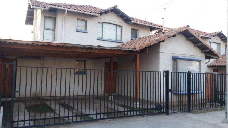 Casa en Venta Barrio Plaza las Rosas- Machalí
